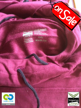 SALE (ONE ONLY) - Mens Cradle to Cradle Certified™ XXL Sangria Hooded Sweater